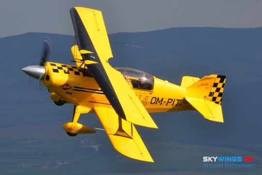 Aviat Pitts S-2C, OM-PIT