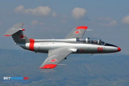 L-29 Delfín OM-SLK